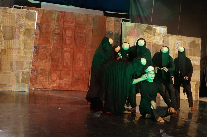 Puppet - corruption dance